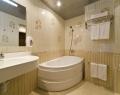 Ванная комната номера Suite Янтарь