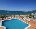 Открытый бассейн в Alex Beach Hotel