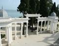 Территория прилегающая к отелю Рица, Абхазия